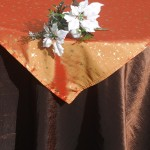 Karácsonyi asztalterítő barna - arany csillagos narancs