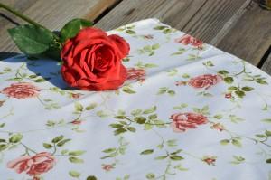"""Rózsás asztalközép - """"Adél rózsája"""" terítő"""