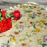 Virágos asztalközép - selyem terítő