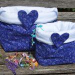 Kékfestő tárolózsák - virágos mintával