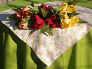 Kivi zöld patchworkös asztalterítő