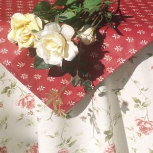 """Asztalterítő - """"Adél rózsája"""" garnitúra"""