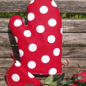 Edényfogó kesztyű: piros - fehér pöttyös garnitúra