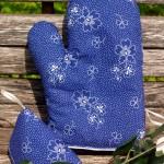 Kékfestő edényfogó kesztyű - nagyvirágos garnitúra