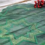Karácsonyi asztali futó - zöld organza