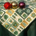 Karácsonyi asztalterítő zöld - karácsonyi mintás