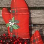 Mikulásvirágos edényfogó kesztyű - piros kockás