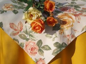 """Asztalterítő - """"Anglia rózsája"""" garnitúra"""