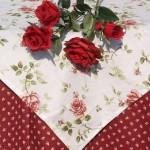 """Asztalterítő - """"Adél rózsája"""" bordóval"""