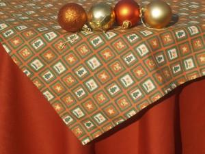 Karácsonyi asztalterítő narancsos - kocka mintás