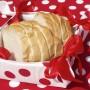 Fehér-piros pöttyös kenyérkosár