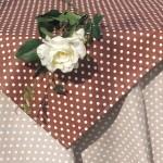 Asztalterítő garnitúra pöttyös - barna, drapp pöttyökkel