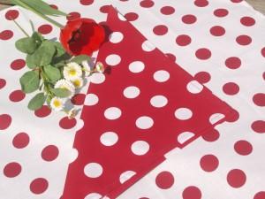 Pöttyös textil szalvéta: piros - fehér pöttyös
