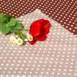 Pöttyös asztalközép drapp - drapp fehér pöttyös