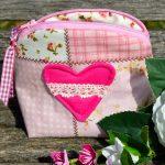 Piperetáska- kicsi, rózsaszín patchworkos