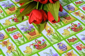 """Húsvéti asztalközép - """"Csibe, nyuszi, tarka - barka"""""""