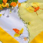Pillangós terítő - sárga, pillangós mintával