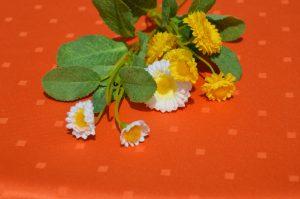 Impregnált abrosz narancsszínű - vízlepergető terítő