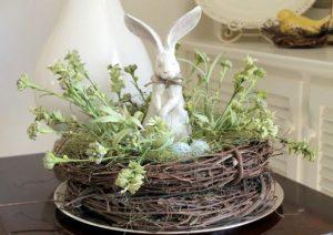 Húsvéti nyuszi fészekben