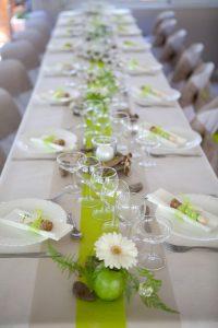 Esküvői asztalterítő - fehér, kivi