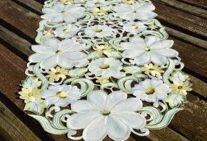 Asztali futó - Riselt virágözön 160x35 cm