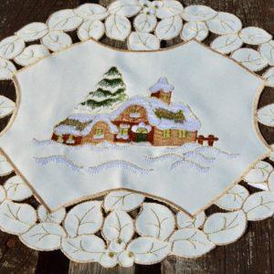 Karácsonyi kis terítő - templomos II. (30 cm)
