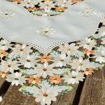Virágos terítő - Fanny virágoskertje 85x85 cm