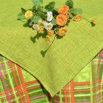 Kivizöld asztalterítő - vidám színkavalkád