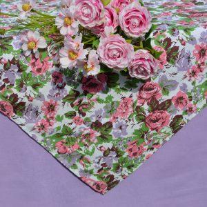 """Asztalterítő - """"Millió rózsaszál"""" garnitúra"""