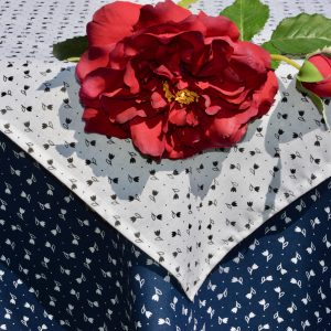 Kékfestő asztalterítő - apró tulipánok