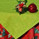 Karácsonyi asztalterítő - piros mintás kivizölddel