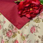 Bordó rózsás terítő - nyers szín bordóval