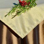 Karácsonyi asztalterítő barna - aranylurex középpel