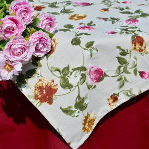 Asztalterítő garnitúra - Anna rózsái terítő