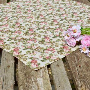 Rózsás asztalközép - Fanni rózsái 70x70 cm