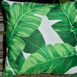 Zöld díszpárnahuzat - zöld-fehér banánleveles