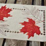 Őszi leveles kis terítő - hímzett mintával 25x40 cm