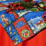 Karácsonyi terítő - Képeslap mintával