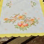 Húsvéti asztali futó - sárga pöttyős szélű 70x35cm