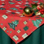 Karácsonyi asztalterítő - zöld alapon piros közép