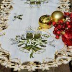 Karácsonyi asztali futó - zöld gyertyás 90x40cm