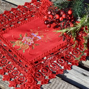 Piros kis terítő - piros csipkés 30x30cm